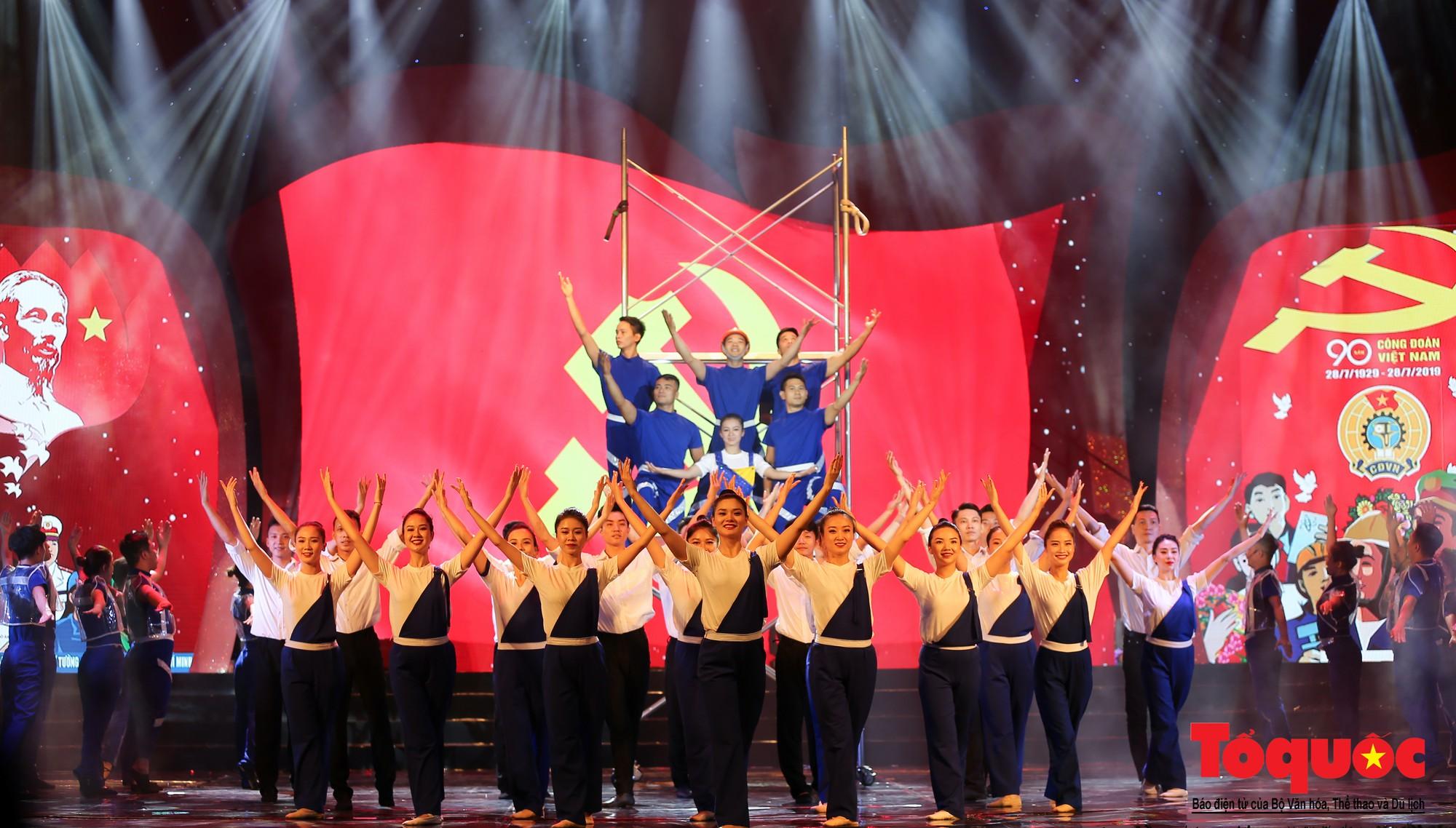 Long trọng Lễ kỷ niệm 90 năm Ngày thành lập Công đoàn Việt Nam (5)