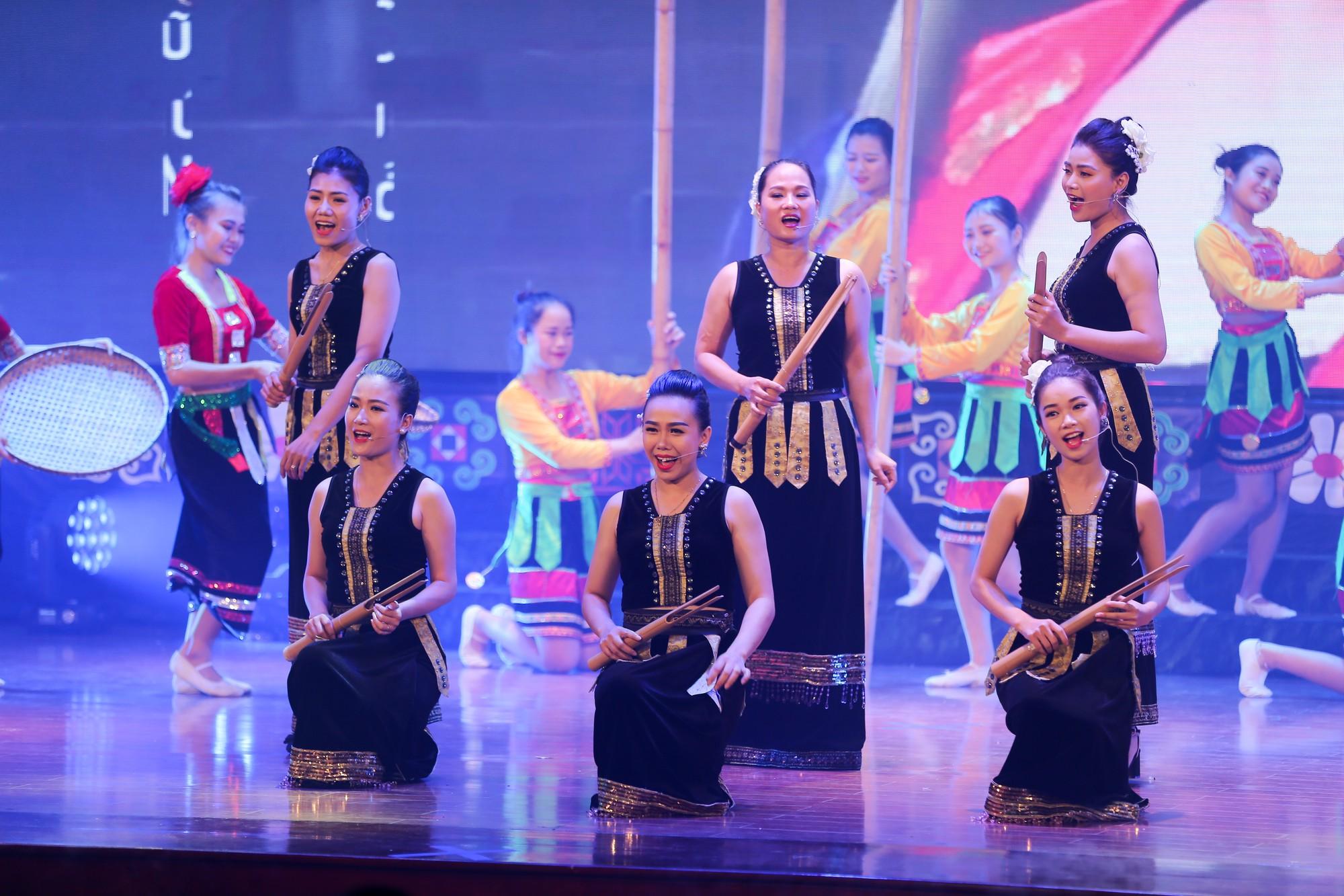 Khai mạc Tuần Văn hóa, Thể thao và Du lịch các dân tộc vùng Tây Bắc15