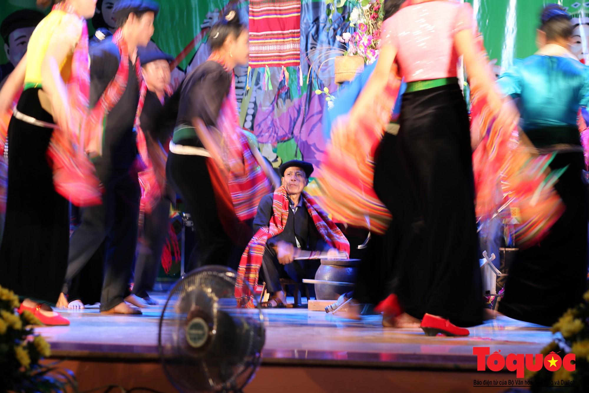 Ấn tượng Liên hoan Nghệ thuật quần chúng các dân tộc Tây Bắc (10)