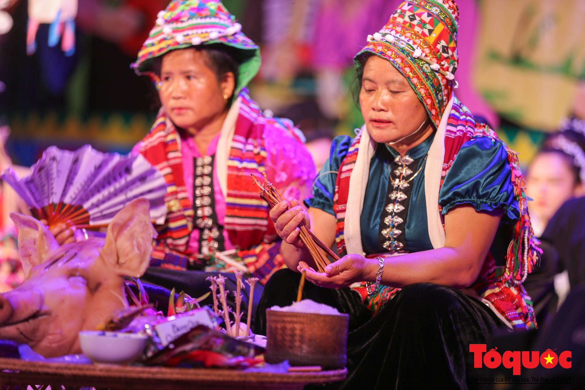 Ấn tượng Liên hoan Nghệ thuật quần chúng các dân tộc Tây Bắc (8)