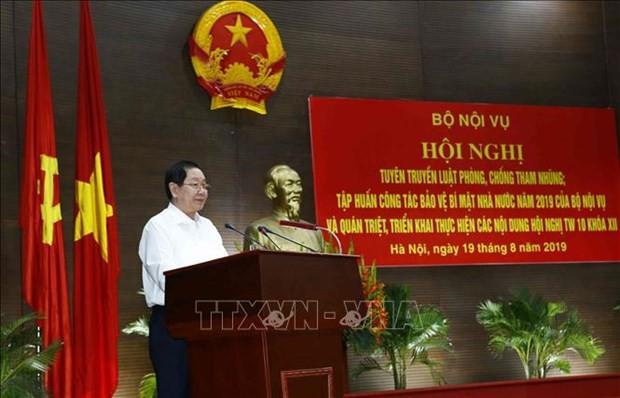 BT Le Vinh Tan