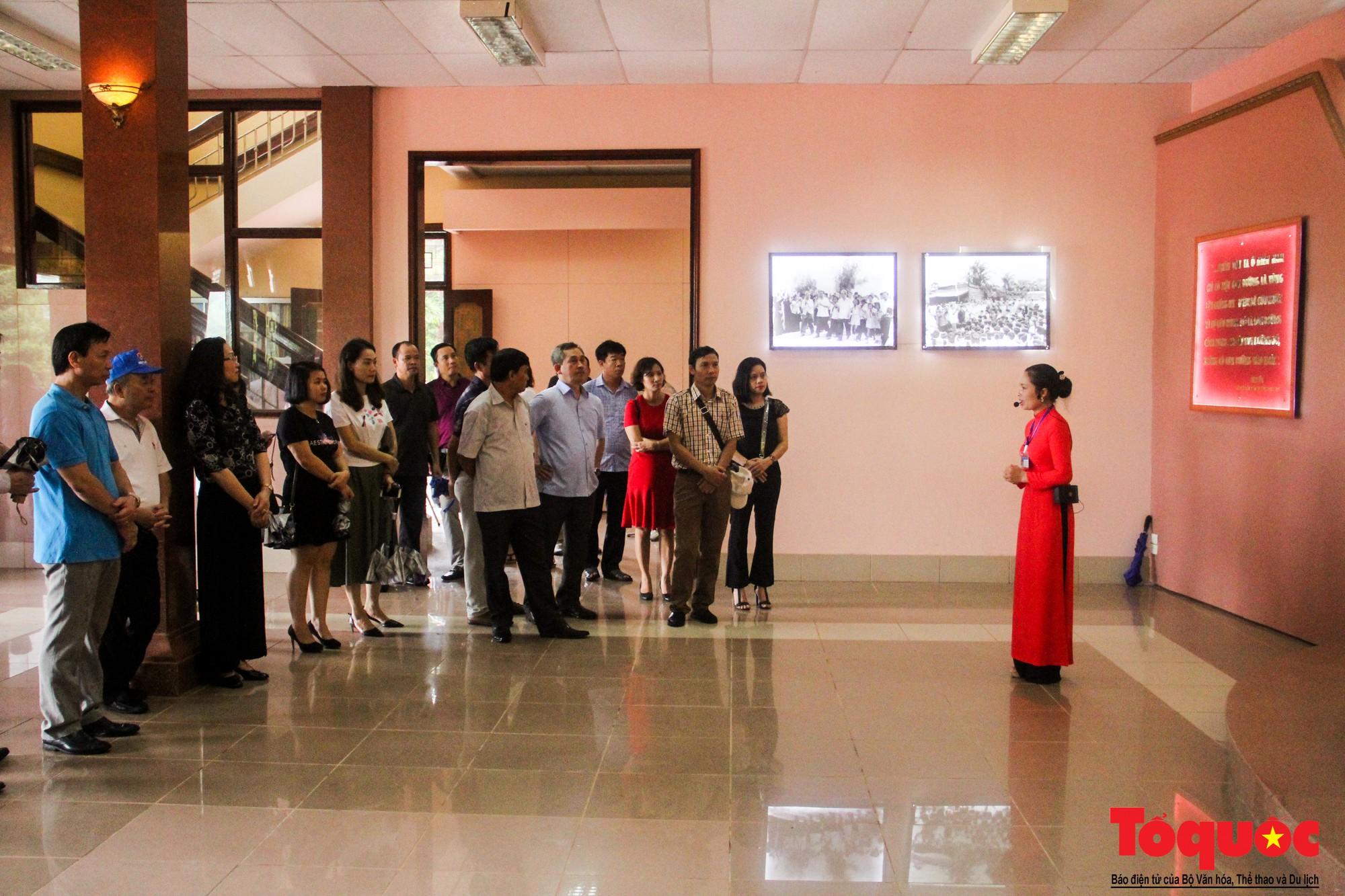 Đảng ủy Bộ VHTTDL dâng hương tại Thành Cổ Quảng Trị và Nhà lưu niệm cố Tổng Bí thư Lê Duẩn - Ảnh 12.