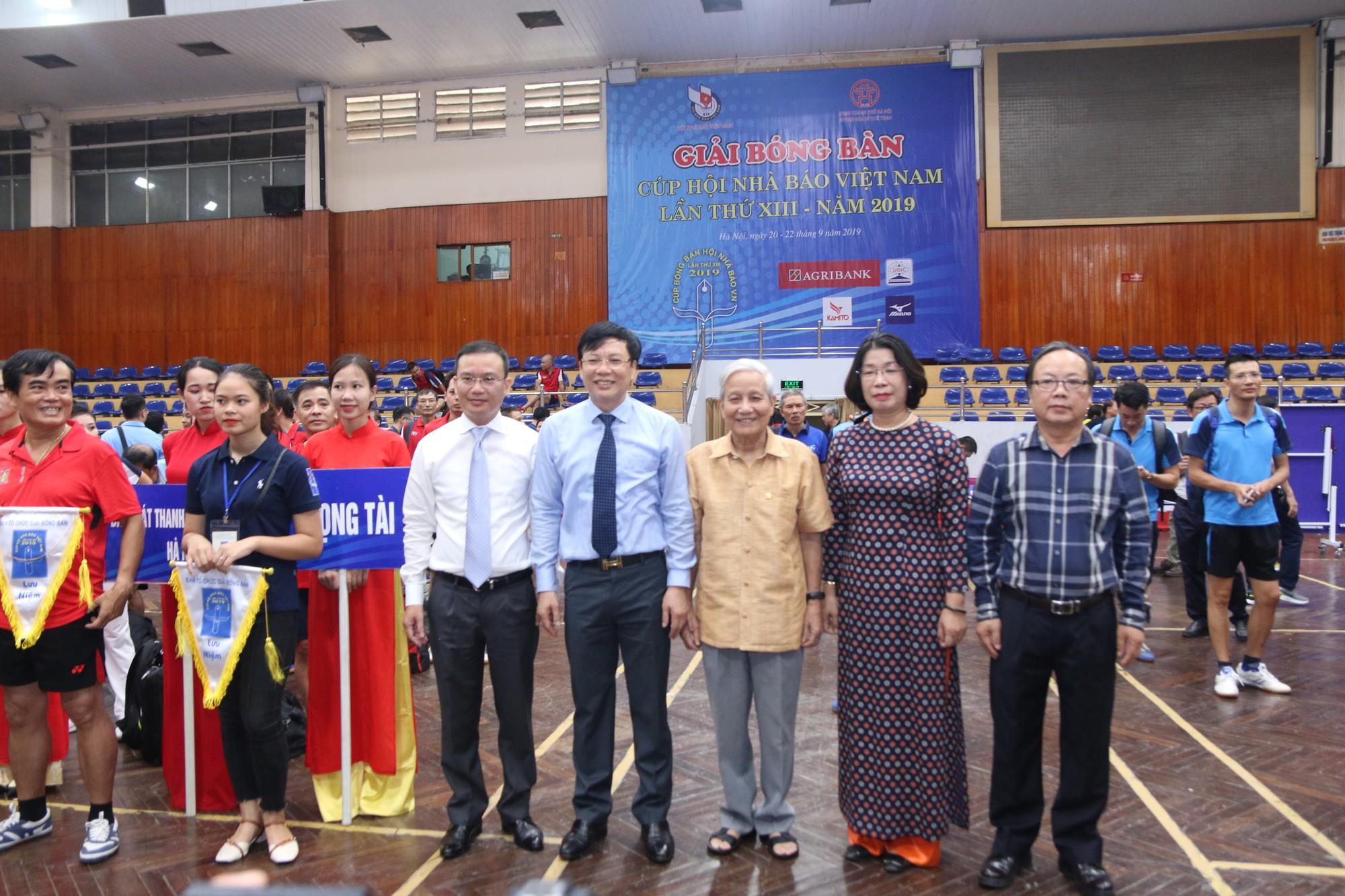Hình ảnh: Gần 200 VĐV  tham dự giải Bóng bàn Cúp Hội Nhà báo Việt Nam lần thứ XIII số 2