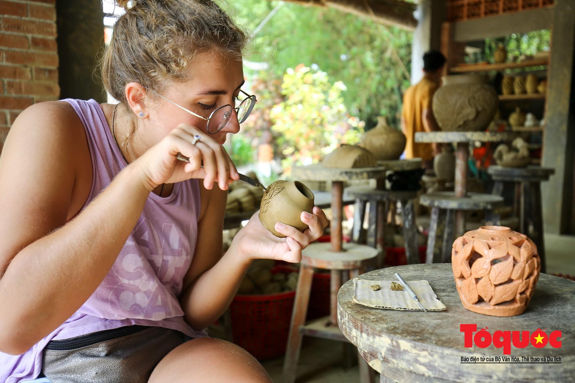 Vẻ đẹp trầm mặc của làng gốm gần nghìn năm tuổi bên dòng sông Thu Bồn22
