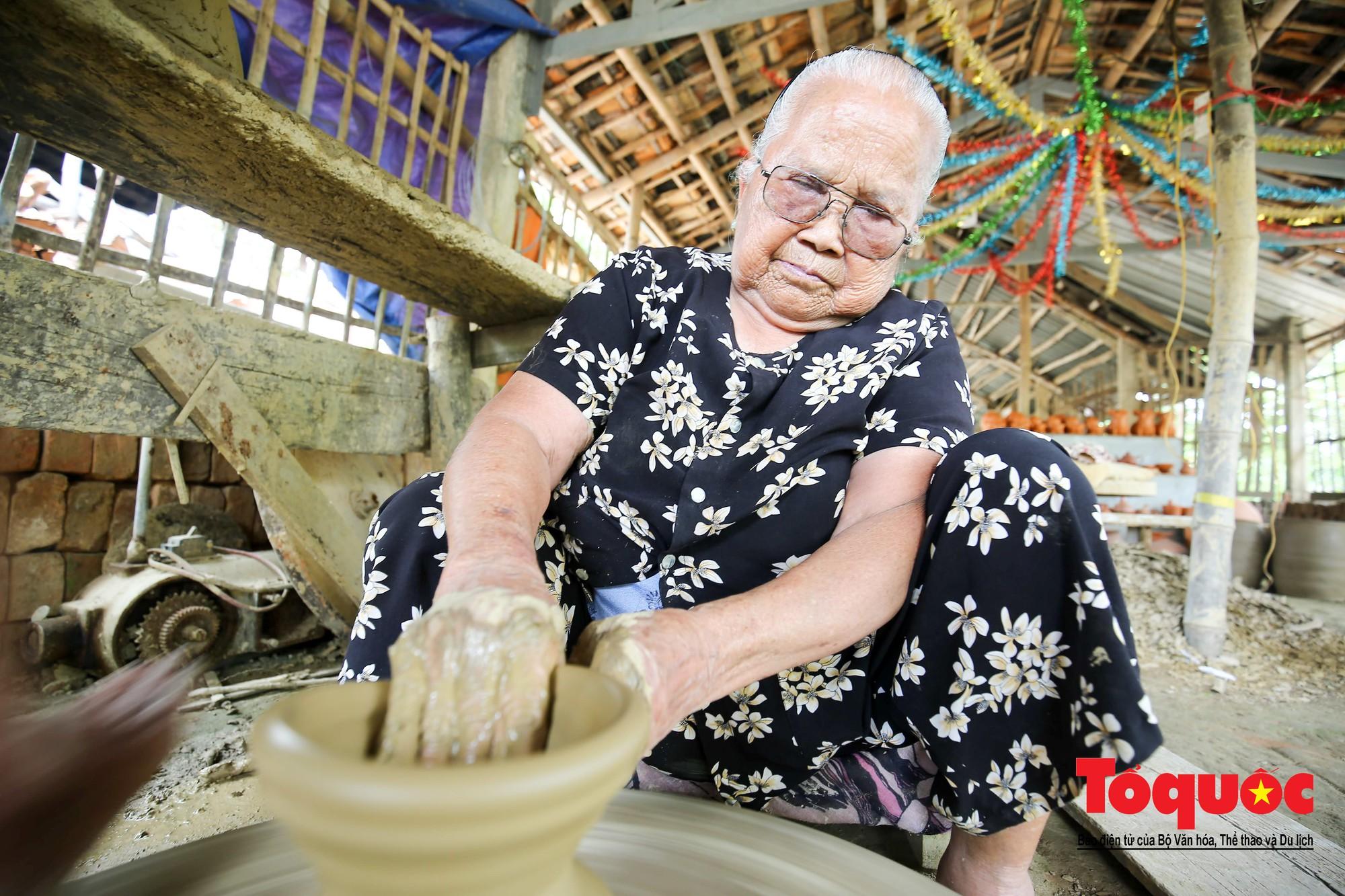 Vẻ đẹp trầm mặc của làng gốm gần nghìn năm tuổi bên dòng sông Thu Bồn3