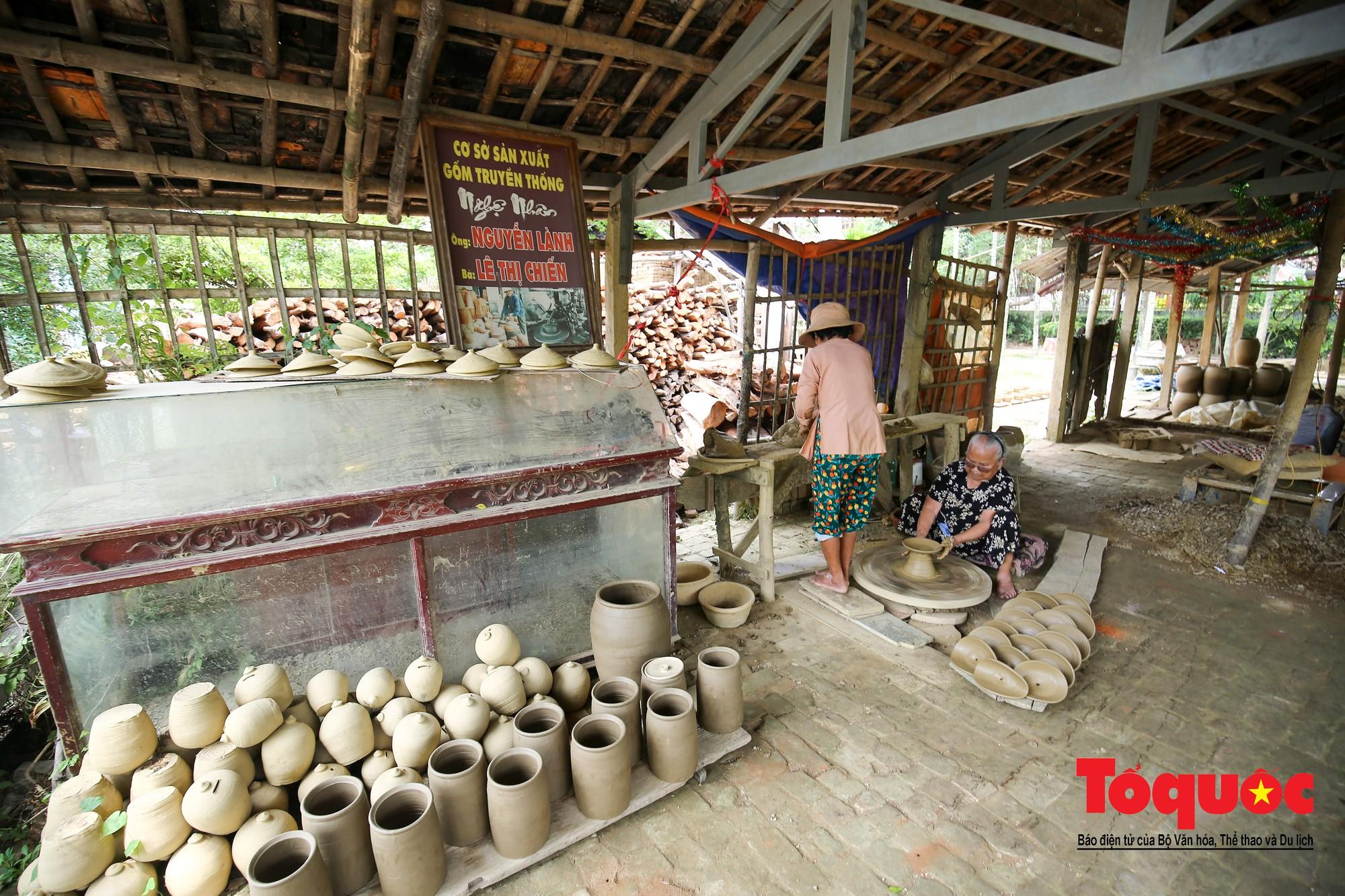 Vẻ đẹp trầm mặc của làng gốm gần nghìn năm tuổi bên dòng sông Thu Bồn4