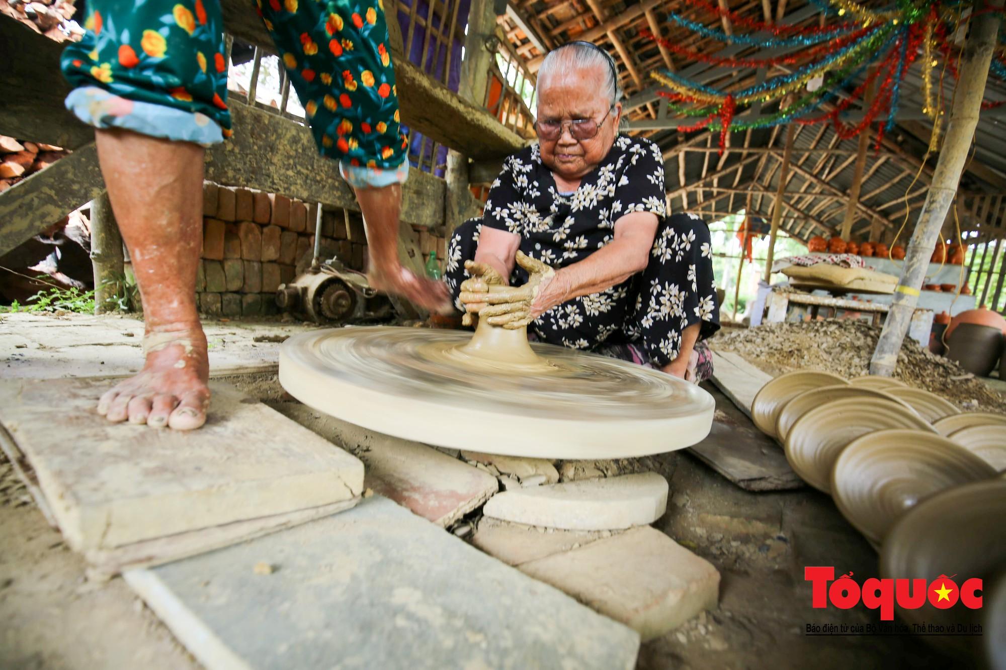 Vẻ đẹp trầm mặc của làng gốm gần nghìn năm tuổi bên dòng sông Thu Bồn6