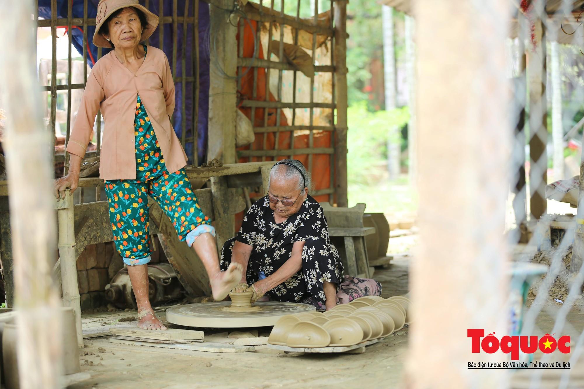 Vẻ đẹp trầm mặc của làng gốm gần nghìn năm tuổi bên dòng sông Thu Bồn8