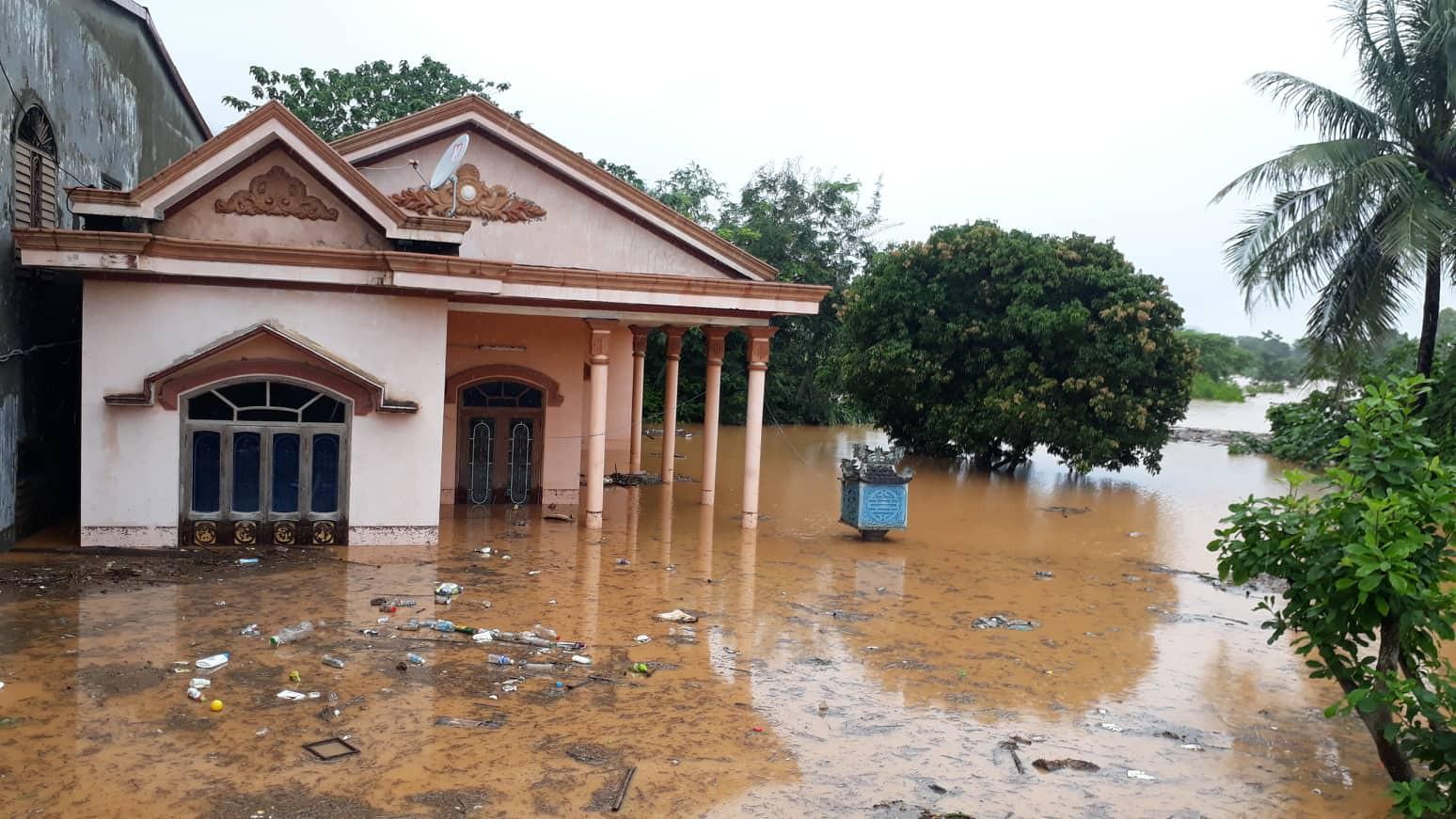 lụt qt (4)