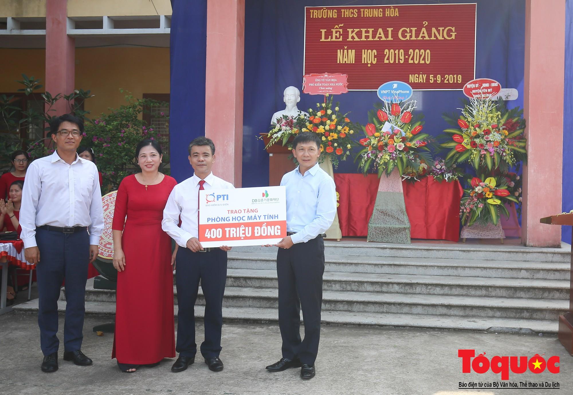 PTI trao tặng học bổng cho học sinh nghèo tại Hưng Yên (15)
