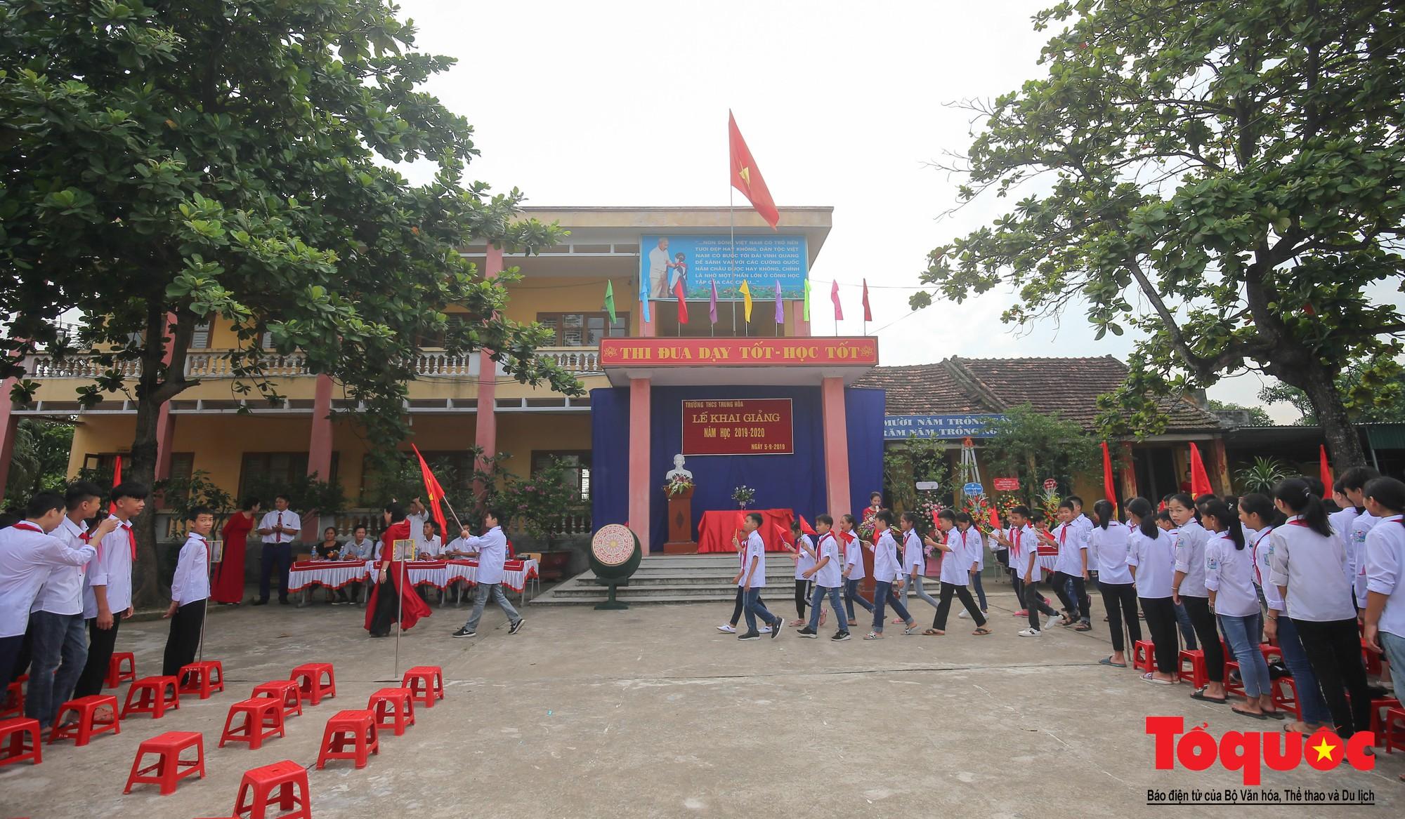 PTI trao tặng học bổng cho học sinh nghèo tại Hưng Yên (4)