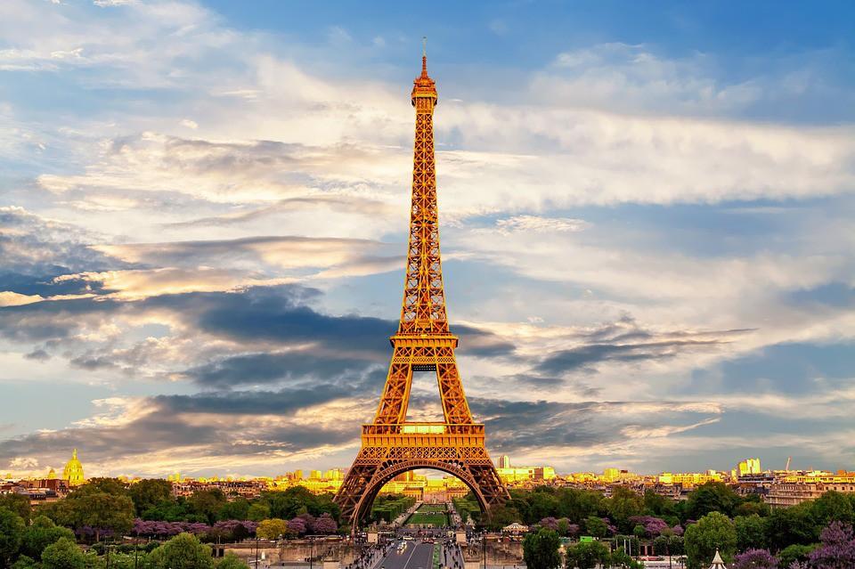20190905_eiffel-tower_pixabay