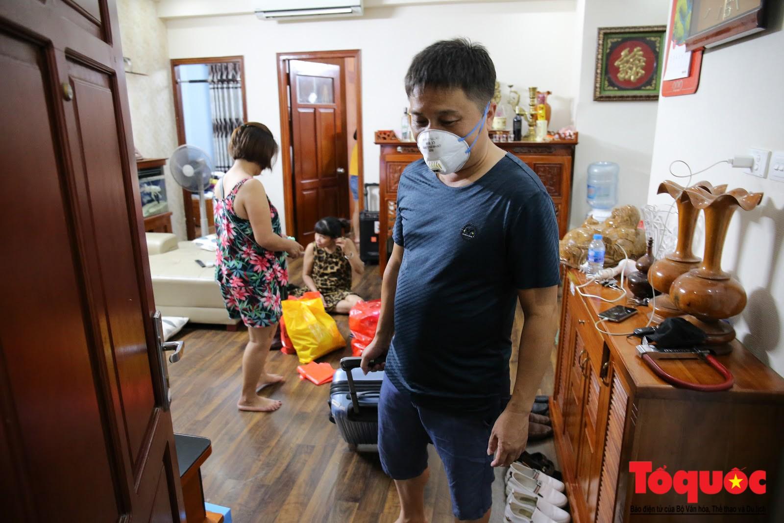 Cám cảnh có nhà mà không thể ở của người dân Hạ Định sau vụ cháy kho Rạng Đông (11)