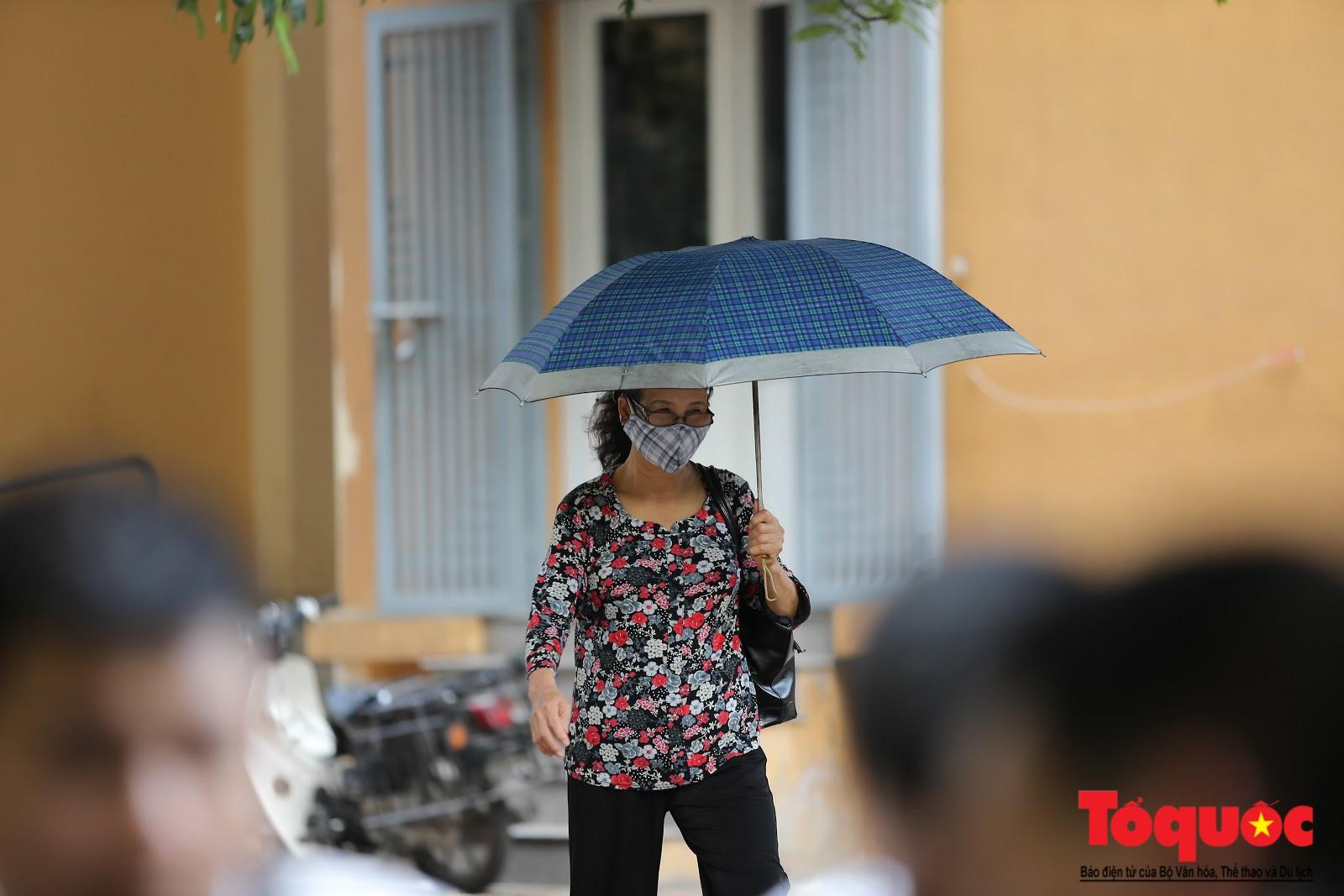 Cám cảnh có nhà mà không thể ở của người dân Hạ Định sau vụ cháy kho Rạng Đông (6)