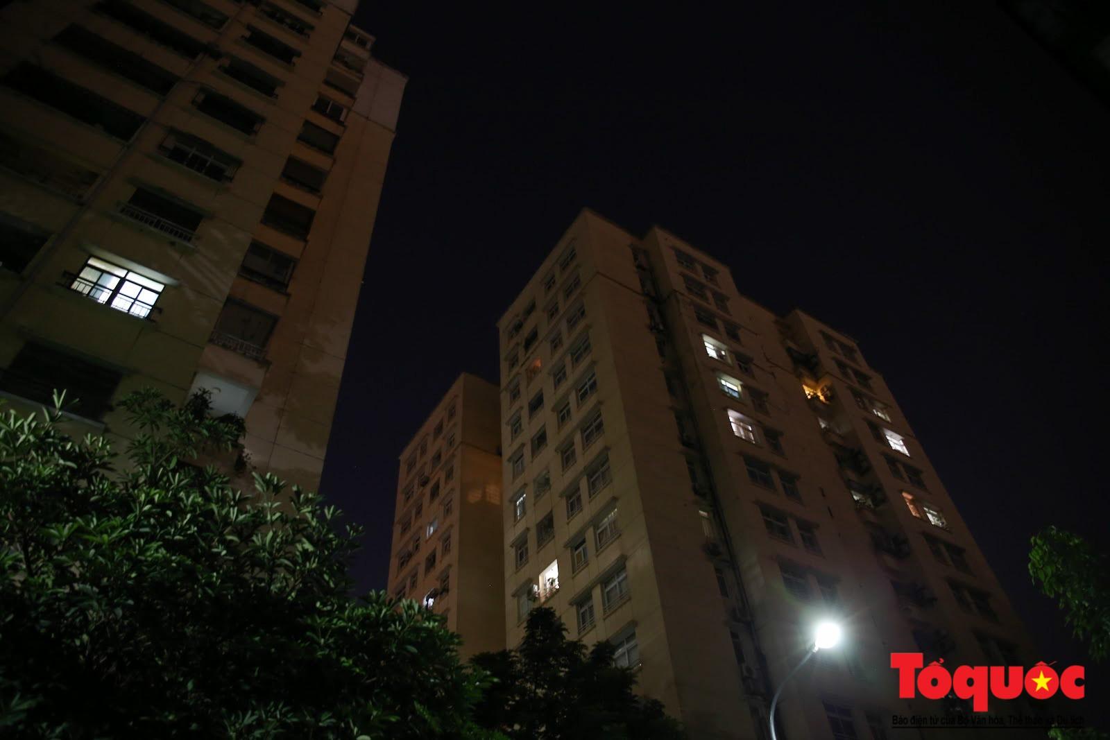 Cám cảnh có nhà mà không thể ở của người dân Hạ Định sau vụ cháy kho Rạng Đông (9)