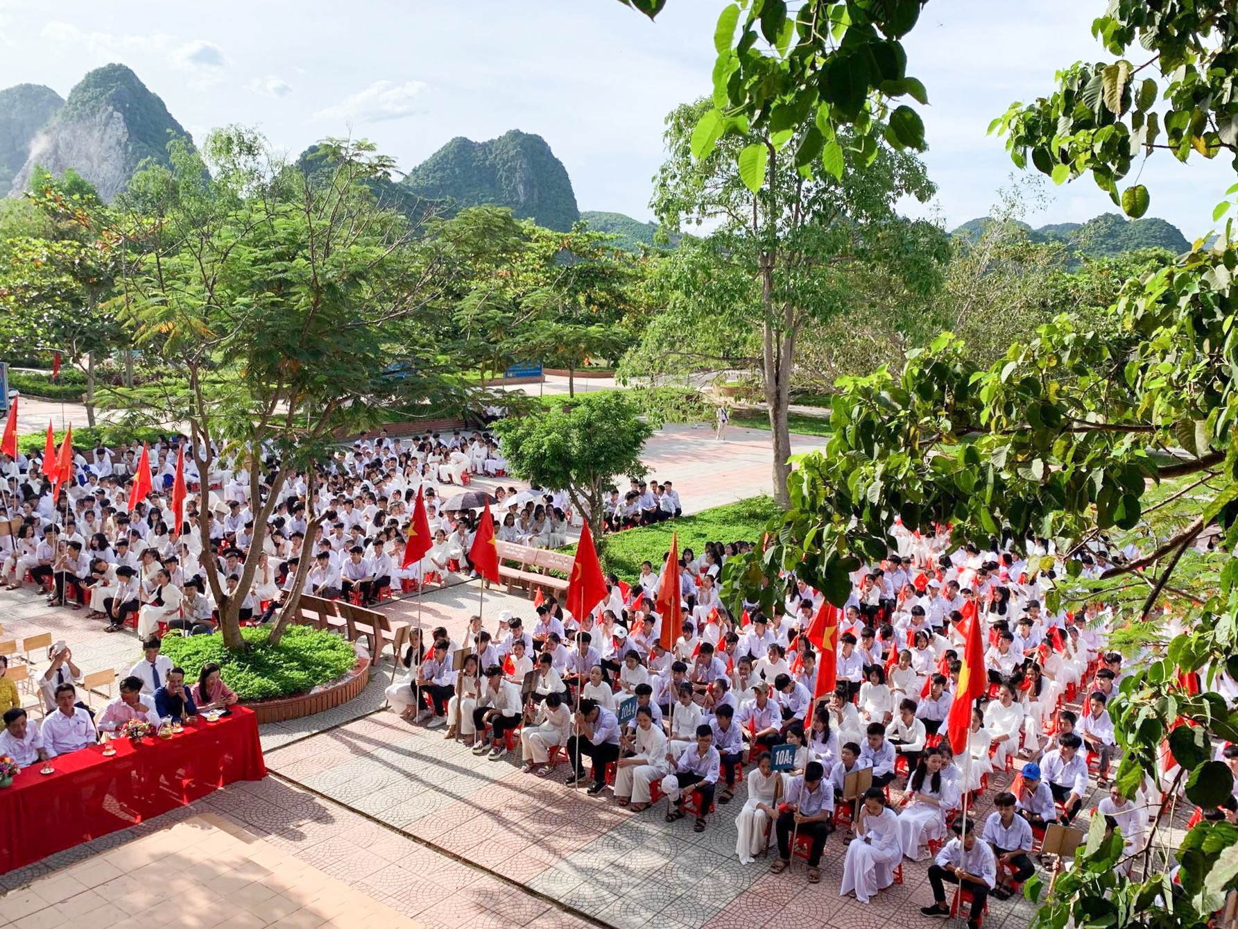 Khai giảng Quảng Bình (1)