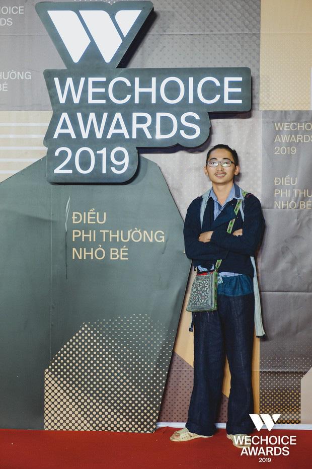 Khang A Tủa- chàng trai H'Mông đầu tiên ở ĐH Fulbright lọt Top 5 Nhân vật Truyền cảm hứng WeChoice Awards 2019 - Ảnh 1.