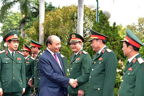 Thủ tướng Nguyễn Xuân Phúc thăm và làm việc tại Bộ tư lệnh Quân khu 5 - Ảnh 1.