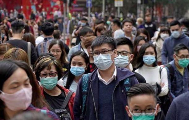 """Số người thiệt mạng vì virus corona tăng """"chóng mặt"""" nói lên điều gì về các biện pháp của chính quyền Trung Quốc? - Ảnh 1."""