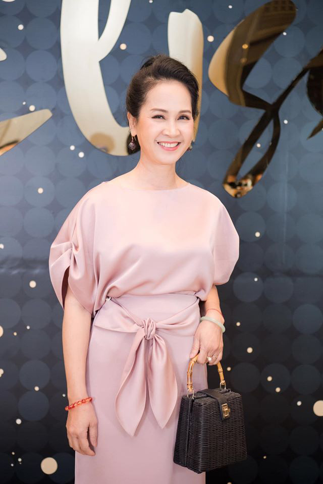 NSND Lan Hương tiết lộ về ngày Tết thay đổi từ khi có con dâu - Ảnh 3.