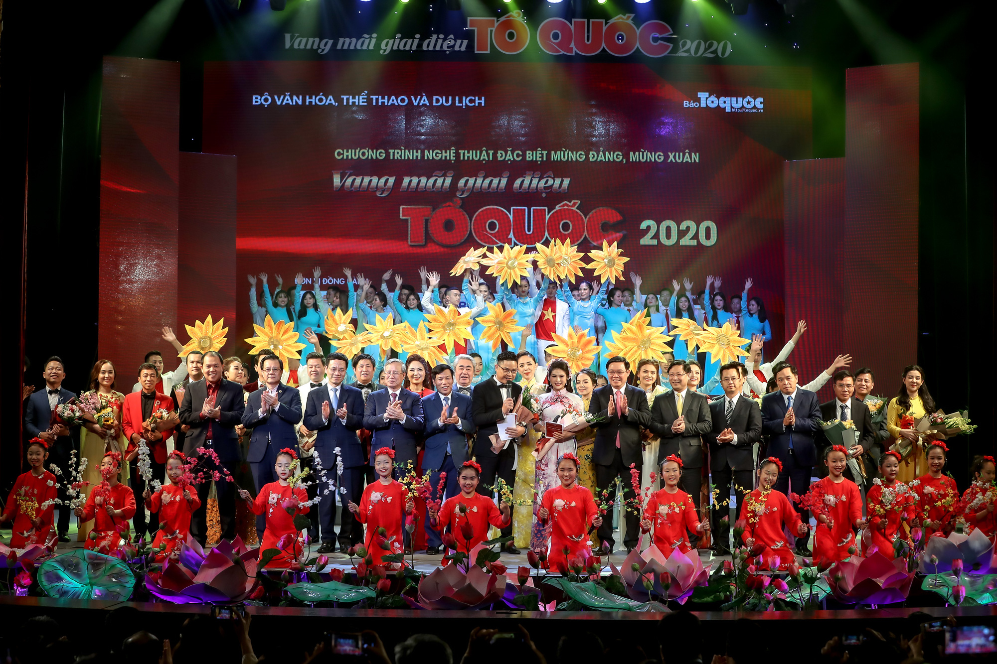 Những hình ảnh ấn tượng của Vang mãi giai điệu Tổ Quốc  2020 - Ảnh 17.