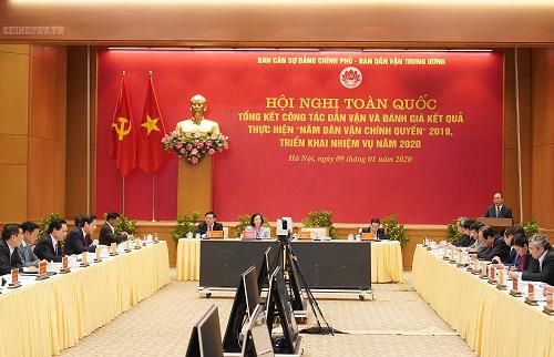 Thủ tướng Nguyễn Xuân Phúc: Cần làm tốt công tác dân vận trên không gian mạng - Ảnh 2.