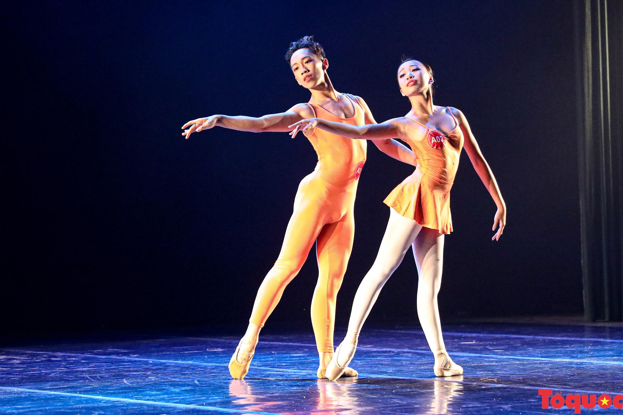 Nhiều bài thi ấn tượng trong đêm khai mạc cuộc thi Tài năng diễn viên múa 2020 khu vực phía Bắc - Ảnh 11.