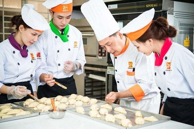 Xây dựng tiêu chuẩn kỹ thuật nghề chế biến món ăn: Phát triển du lịch dựa trên văn hóa ẩm thực - Ảnh 2.