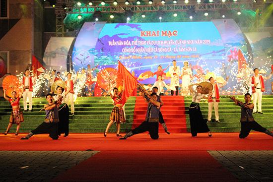 Các thông tin văn hóa và gia đình nổi bật tại các tỉnh Sơn La, Lào Cai, Lai Châu - Ảnh 1.