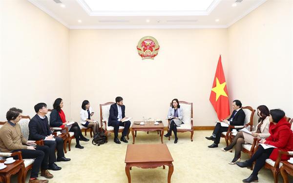 Thứ trưởng Trịnh Thị Thủy: Việt Nam luôn nỗ lực bảo tồn những giá trị di sản, văn hóa gắn với phát triển du lịch bền vững - Ảnh 1.