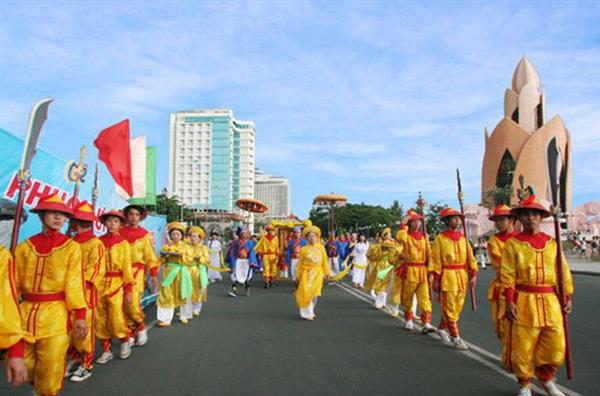 Tạm ngưng tổ chức Lễ hội Văn hóa dân gian tỉnh Khánh Hòa năm 2020 - Ảnh 1.