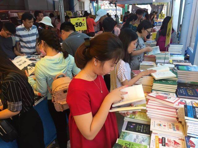 Khánh Hòa không tổ chức Hội sách 2020 vì đại dich Covid-19 - Ảnh 1.