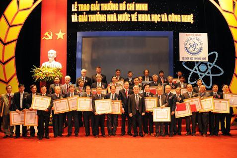 """Tổ chức xét tặng """"Giải thưởng Hồ Chí Minh"""", """"Giải thưởng Nhà nước"""" về Khoa học công nghệ năm 2021 - Ảnh 1."""