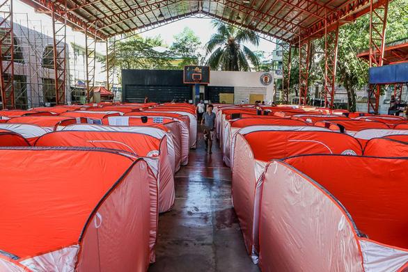 Philippines dựng lều cho người vô gia cư để phòng chống lây nhiễm Covid-19 - Ảnh 4.