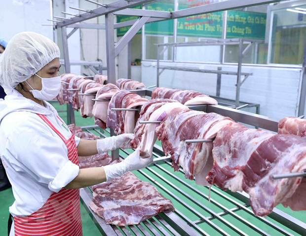 Lãnh đạo họp bàn đưa giá lợn hơi về mức 70 nghìn/kg - Ảnh 1.