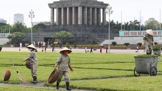 CNN: Một Việt Nam ngập tràn nụ cười giữa cuộc sống hậu giãn cách - Ảnh 1.