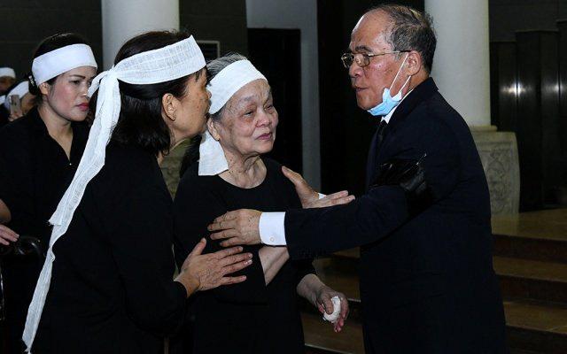 Cử hành trọng thể lễ tang đồng chí Nguyễn Đình Hương - Ảnh 11.