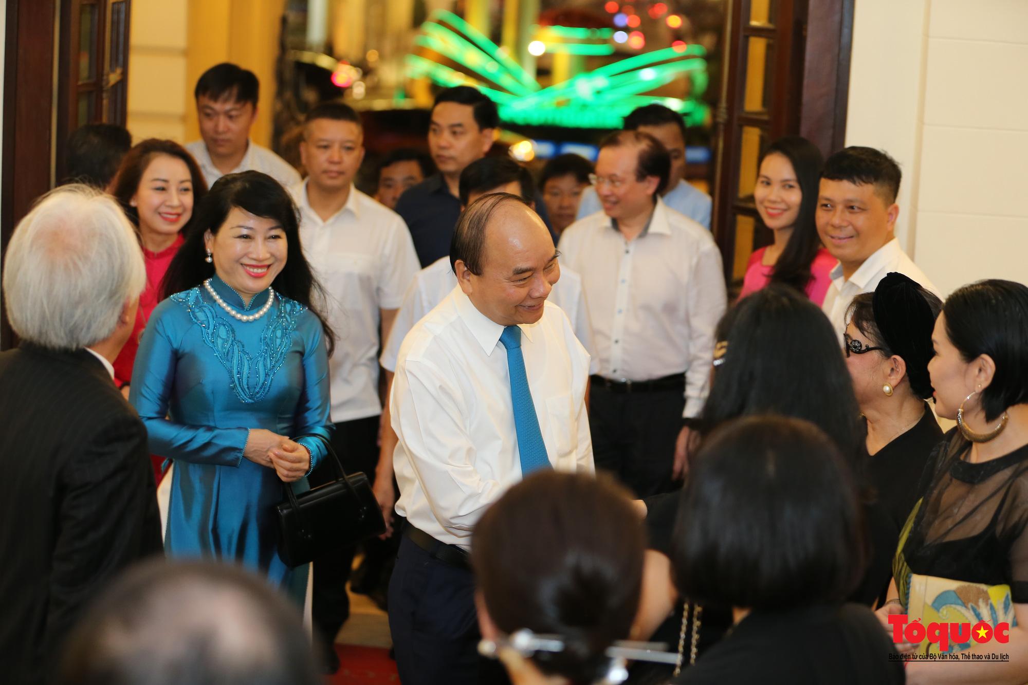 Nhiều cung bậc cảm xúc trong đêm nhạc 'Biển nhớ' tưởng nhớ cố nhạc sĩ Trịnh Công Sơn - Ảnh 3.