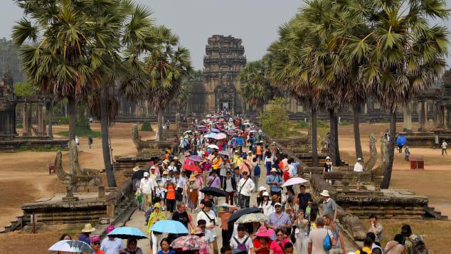 Từ hệ sinh thái gần sụp đổ vì áp lực, du lịch Đông Nam Á sẽ rất khác biệt hậu COVID-19? - Ảnh 1.