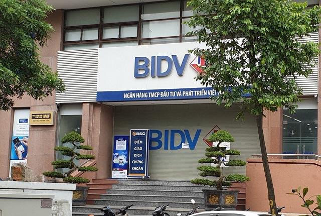 Bí thư Thành ủy Hà Nội biểu dương các chiến sĩ phá vụ án cướp ngân hàng BIDV - Ảnh 1.