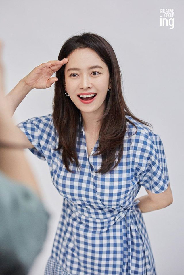 """""""Mợ ngố"""" Song Ji Hyo khoe nhan sắc ngọt ngào tuổi 39 - Ảnh 3."""