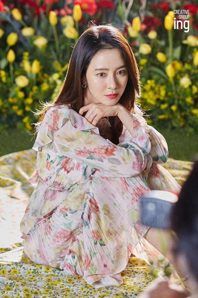 """""""Mợ ngố"""" Song Ji Hyo khoe nhan sắc ngọt ngào tuổi 39 - Ảnh 8."""