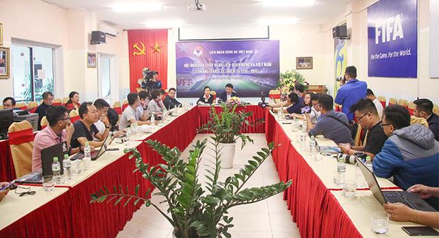 Hoãn thời gian tổ chức Đại hội thường niên Liên đoàn bóng đá Việt Nam năm 2020 - Ảnh 1.