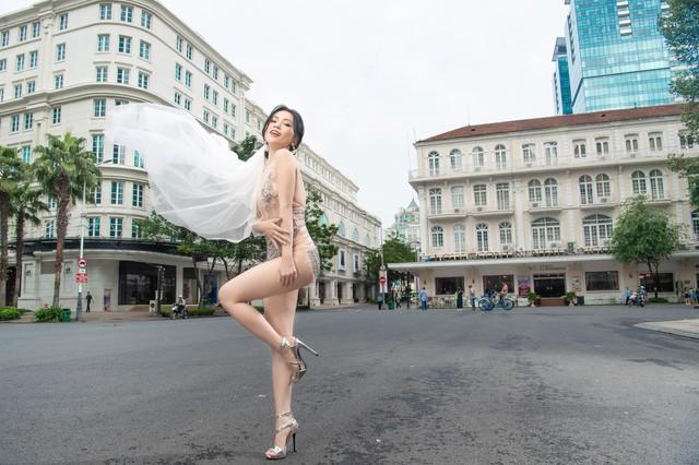 """Sao Việt chụp ảnh cưới phản cảm bị đánh giá là """"rẻ tiền"""" - Ảnh 3."""