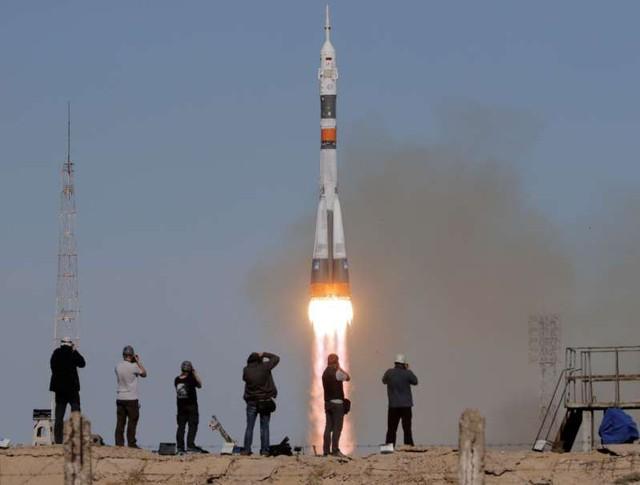 """Thêm """"đòn giáng"""" quan hệ Nga- Mỹ từ sự cố tên lửa vũ trụ Soyuz - Ảnh 1."""