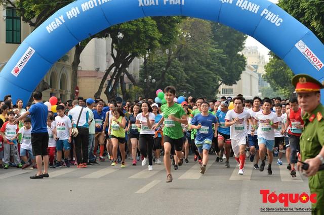 Hơn 1000 VĐV tham gia sự kiện Mottainai Run 2018 - Ảnh 1.