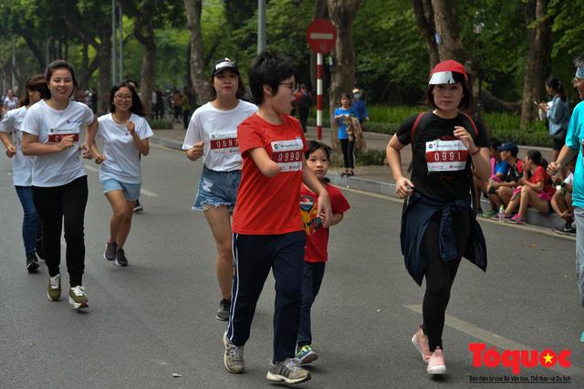 Hơn 1000 VĐV tham gia sự kiện Mottainai Run 2018 - Ảnh 9.