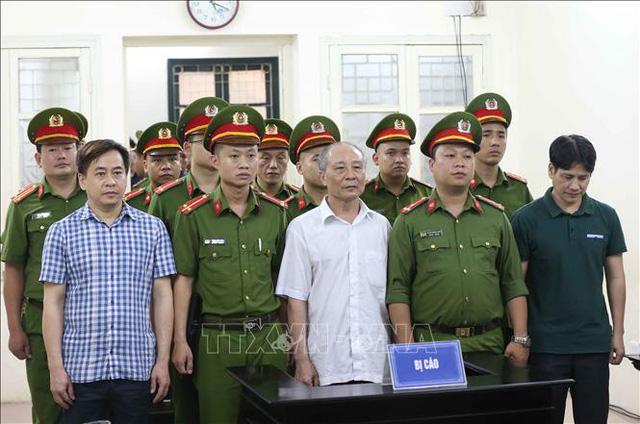 Truy tố Phan Văn Anh Vũ cùng 25 bị can gây thiệt hại cho Ngân hàng Đông Á - Ảnh 1.
