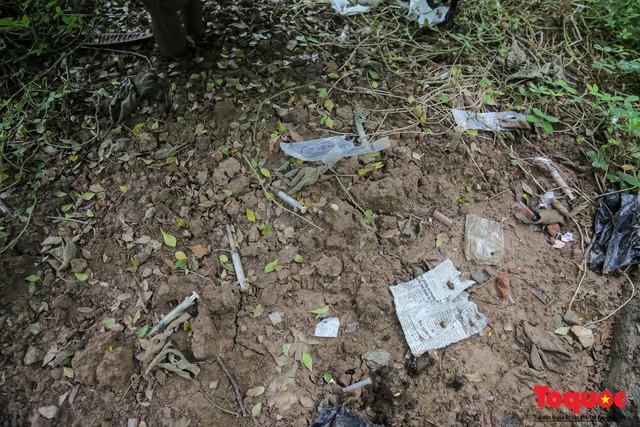 Hà Nội: Xuất hiện nhiều kim tiêm rơi vãi tại vườn hoa Nguyễn Trãi, Hà Đông  - Ảnh 10.