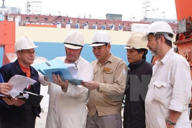 Bảo hiểm xã hội bắt buộc đối với người lao động nước ngoài tại Việt Nam - Ảnh 1.